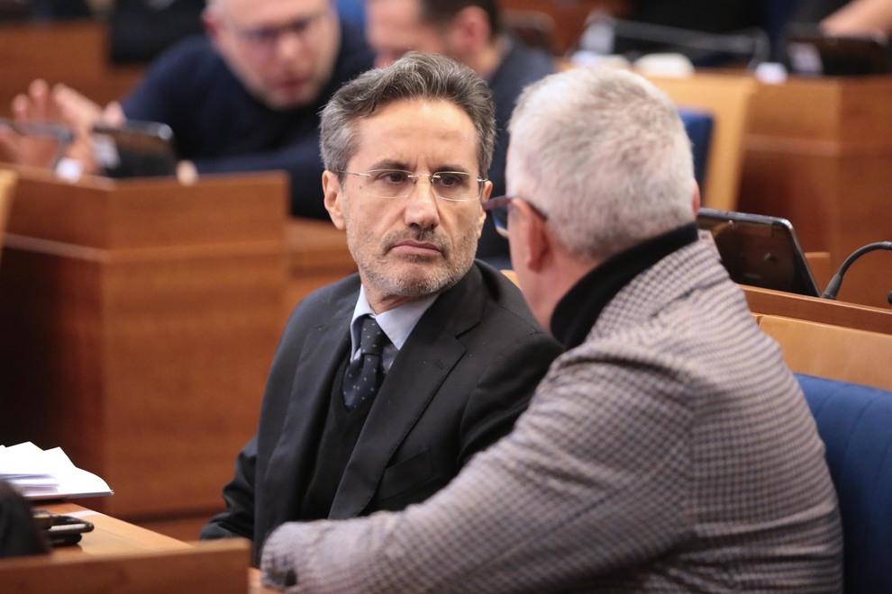 Fi, Caldoro responsabile Autonomie: «Tema cruciale, grazie a Berlusconi»