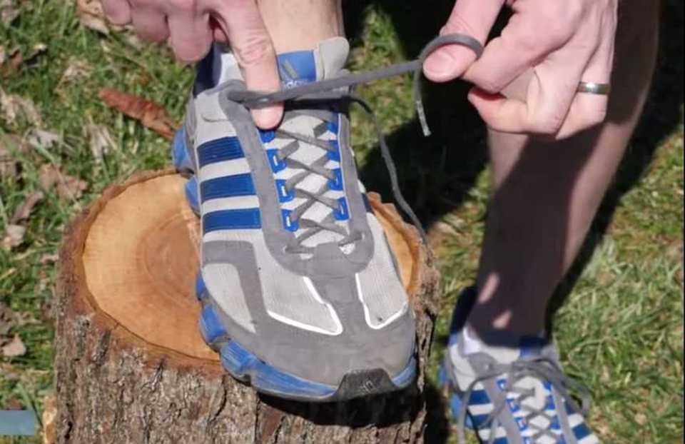 A cosa servono i fori aggiuntivi per i lacci delle scarpe da running  Ecco  la risposta  9e3f62d1943