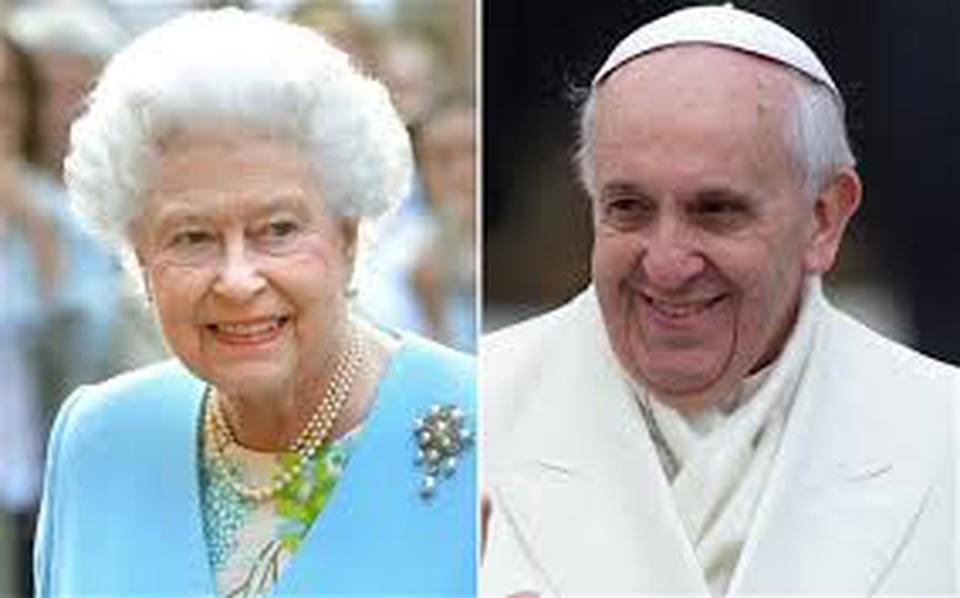 Francesco E Elisabetta Te Per Due E Niente Abiti Informali Per Il Papa E La Regina Il Mattino It