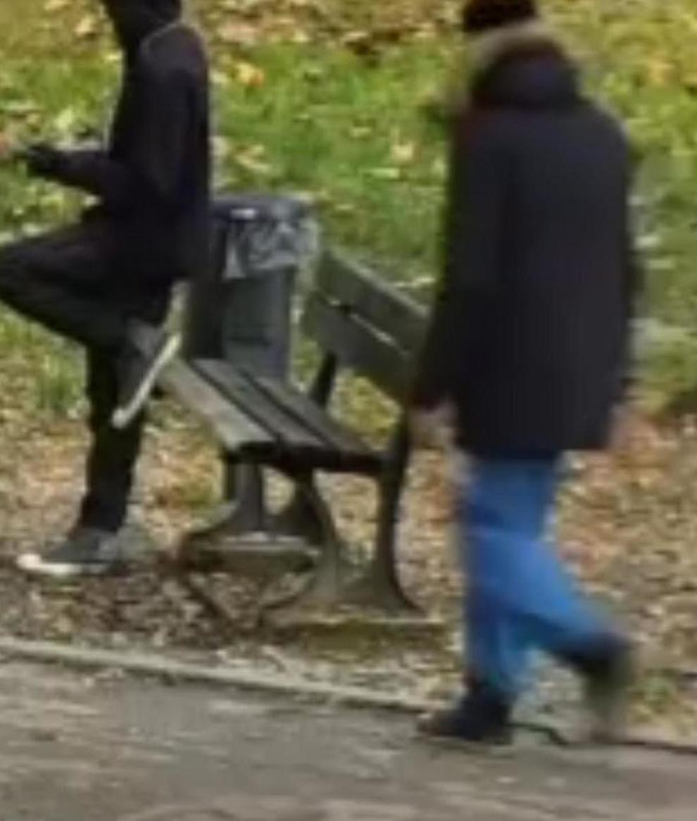 Immigrato spaccia droga sulla panchina dei giardinetti
