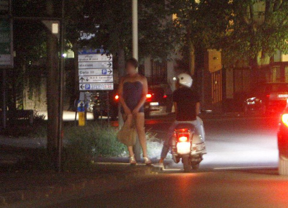 giochi per fidanzati roma prostituzione