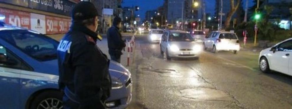 Rapina due distributori di benzina in 15 minuti, 36enne arrestato