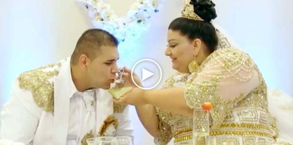 Matrimonio Gipsy Soldi : Soldi lanciati agli invitati e un abito da mila euro il
