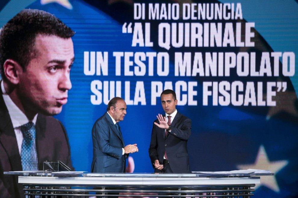 Condono, Di Maio: «Al Quirinale testo manipolato, denuncio alla Procura» Il Colle: «Documento mai arrivato».
