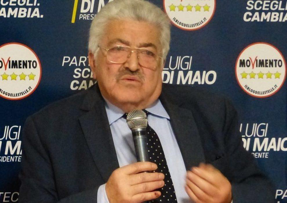 Senato, Castiello (M5S) vincead Agropoli contro il sindaco ...