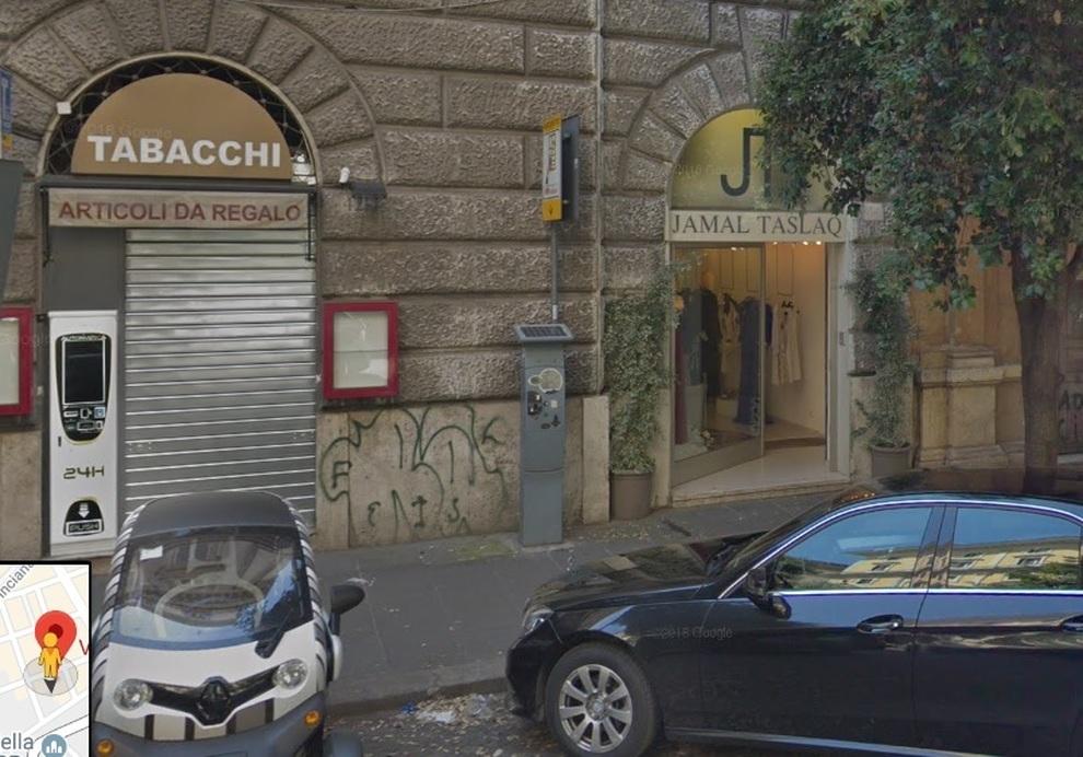 StilistaRubati AbitiIl Boutique Colpo Dello Grosso Nella Mattino 40 kZiwOTPXu