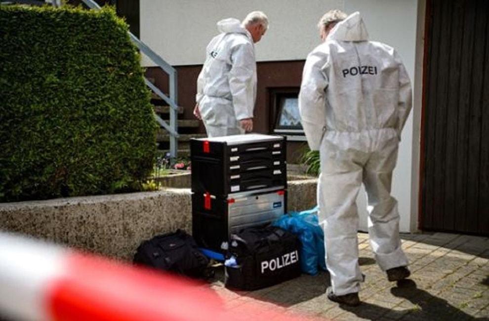 Bambino di 9 anni muore strangolato da una corda nel box di casa