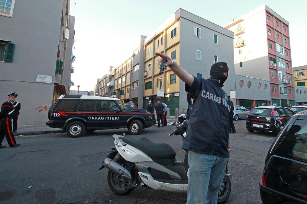Napoli nuovo colpo al clan di lauro arrestato pusher al for Il mattino di napoli cronaca