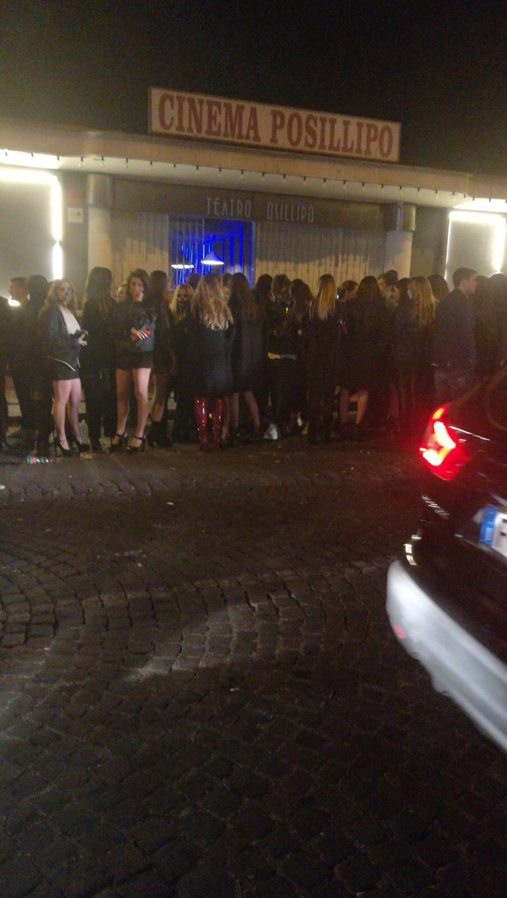 «C è troppa gente alla festa»  chiusi due locali nella notte di Halloween  5ca27448839d