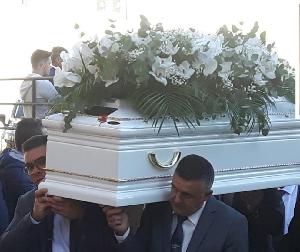 In 10mila all'addio a Pasqualino, 14enne morto per una capriola