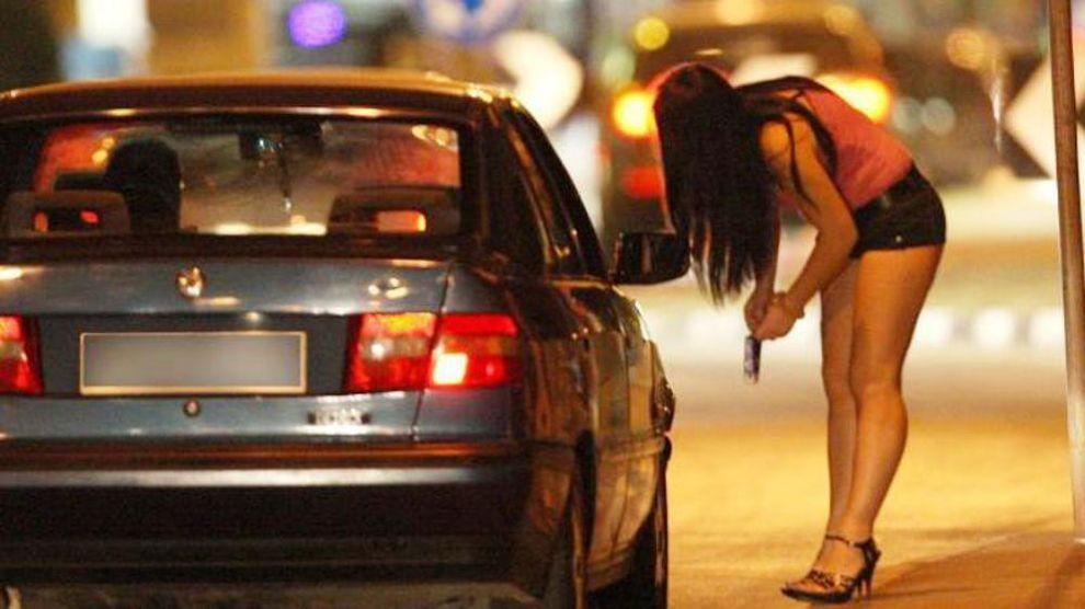 Rapinavano prostitute nel Napoletano, in arresto due pregiudicati