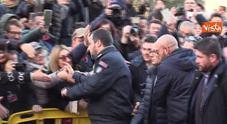 Blitz di Salvini ad Afragola, sfida alla camorra: «Lo Stato c'è ed è più forte»