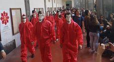 Napoli, studenti in piazza contro l'aumento delle tasse all'Università