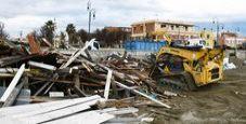 Immagine Demolito chiosco Zenith sulla spiaggia di Fiumicino