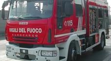 Giallo in caserma ad Ancona, vigile del fuoco precipita da 7 metri e muore