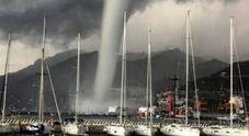 Choc sul lungomare di Salerno: arriva una spaventosa tromba marina
