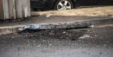 Immagine Intonaco giù in tangenziale danneggiate alcune auto