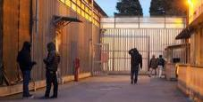 Immagine Bimbo muore soffocato in centro accoglienza