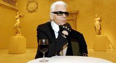 È morto Karl Lagerfeld, leggendario Kaiser della moda: aveva 85 anni