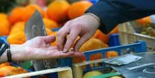 Immagine Istat, ancora giù la fiducia di famiglie e imprese