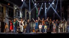 «Musicanti» alla corte di re Pino: il tour comincia con un trionfo