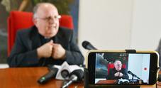 L'arcivescovo Moretti si è dimesso. L'annuncio: «Motivi di salute»
