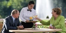 Immagine Russia, Putin in Germania tra ritardi e prove d'intesa