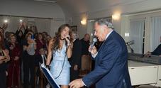 Duetto Swarovski-Villari sulle note di Massimo Ranieri