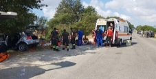 Immagine Auto contro albero, un morto e 4 feriti gravi