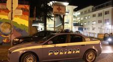 Napoli, agguato nella notte in via Argine: gambizzato un uomo