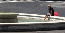 Immagine Ubriaco nella fontana delle Naiadi a Roma