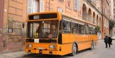 Immagine Esplode vetro sul bus dopo la frenata: due feriti