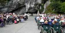 Immagine Lourdes, 250 pellegrini dimenticati dalla nave