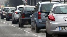 Auto, corsa contro il tempo per non pagare l'ecotassa: stangata fino a 2.500 euro