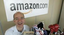 Jeff Bezos è l'uomo più ricco della storia moderna: il creatore di Amazon vale 150 miliardi di dollari