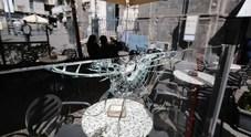 Napoli, spari colpiscono due noti bar di piazza Trieste e Trento