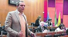 «De Magistris isolato», la crisi si sposta nelle Municipalità di Napoli