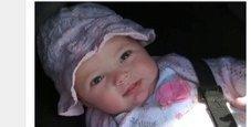 Immagine Papà si sveglia e trova la figlia di 4 mesi morta