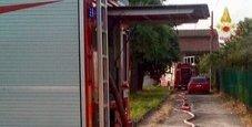 Immagine Incendio, papà si lancia dal terrazzo: salva famiglia