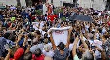 Napoli, sfila il corteo della Whirlpool: solidarietà da Navigator e studenti universitari