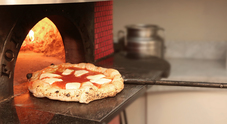 Pizza experience a Spaccanapoli: laboratori su misura con degustazione da Lombardi a Santa Chiara