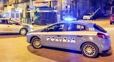 Rapina al bar con sparatoria: è caccia ai banditi nel Napoletano