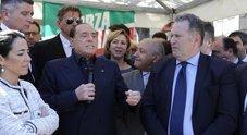 Berlusconi: «M5S un pericolo. A Mediaset pulirebbero i cessi». Alta tensione con Salvini: c'è chi distrugge