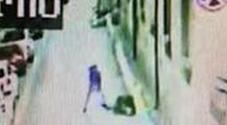 Aversa: ragazzi picchiati e rapinati, presi tre immigrati