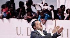 Salvini: «L'Italia non è più il campo profughi di tutt'Europa: stop all'accoglienza degli immigrati»