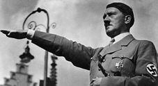 Ascoli, prof mette foto di Hitler su Fb con messaggio di auguri: esplodono le proteste