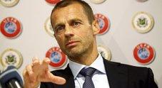 Razzismo, pugno duro dell'Uefa: 3 match a porte chiuse per Nazionali