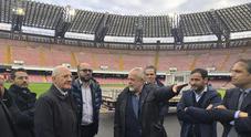 San Paolo, sopralluogo per i lavori De Luca: «Presto stadio di qualità»