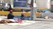 Degrado a piazza Garibaldi: «Chi ha potere intervenga, non ne possiamo più»