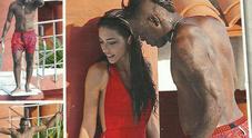 Mario Balotelli trova la nuova fidanzata: in piscina con la mora misteriosa a Montecarlo